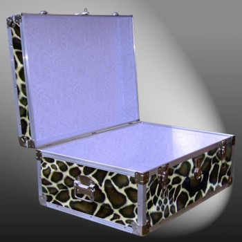 10-181 GE FAUX GIRAFFE 27 Cabin Storage Trunk with Alloy Trim