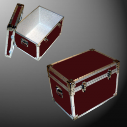 13-082 RE MAROON LP 150 Storage Trunk with Alloy Trim