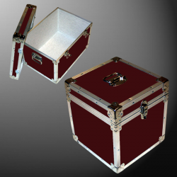 14-076 RE MAROON LP 100 Storage Trunk with Alloy Trim
