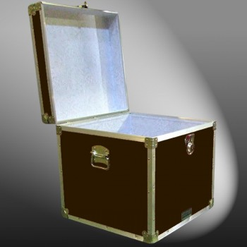 20-176 BLE BROWN LEATHERETTE Cube Storage Trunk with Alloy Trim