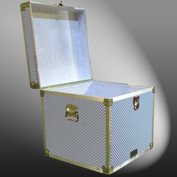 20-194 EMBE EMBOSSED Cube Storage Trunk with Alloy Trim