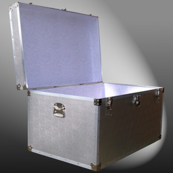 03-114 AE ALLOY King Storage Trunk with Alloy Trim