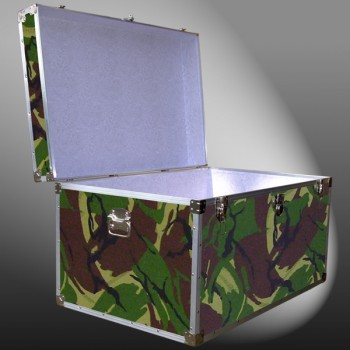 03-169 JCE JUNGLE CAMO King Storage Trunk with Alloy Trim