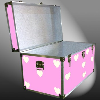 04-188 E PINK & HEARTS WOOD WASH 38 Deep Storage Trunk with Alloy Trim