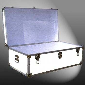 06-181 WLE WHITE LEATHERETTE 36 Cabin Storage Trunk with Alloy Trim
