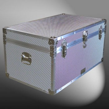 07-195 EMBE EMBOSSED 33 Deep Storage Trunk with Alloy Trim