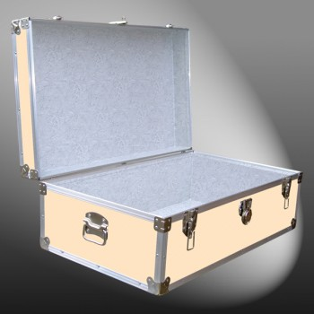 09-176 CLE CHAMPAGNE LEATHERETTE 30 Cabin Storage Trunk with Alloy Trim