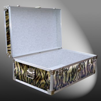 08-186 TIE FAUX TIGER 33 Cabin Storage Trunk with Alloy Trim